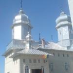 Curatenie in biserici 1